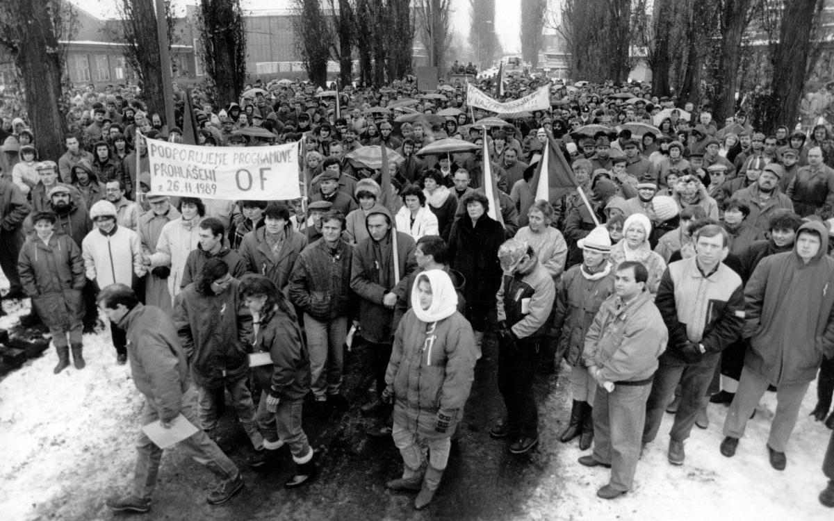 Generálni stávka v ČKD (foto Ladislav Klišč)